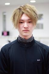美容科 ヘアデザイン専攻 西川さん