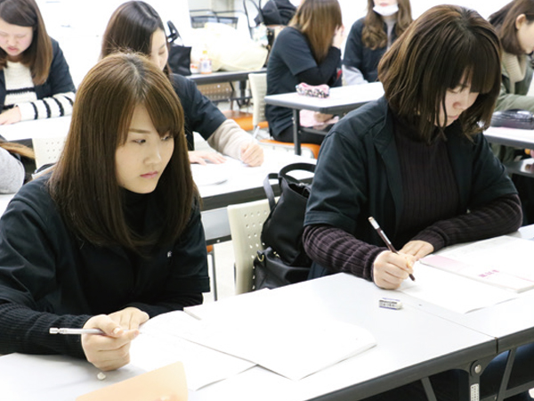 日本メイクアップ技術検定3