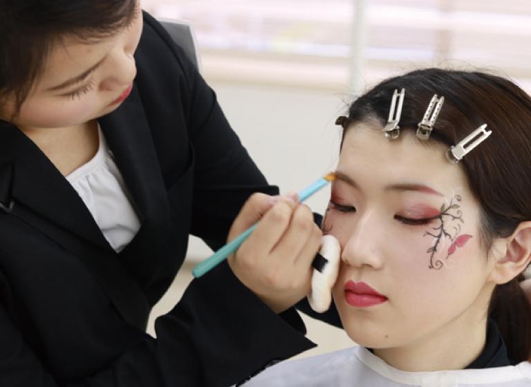 日本メイクアップ技術検定協会認定校