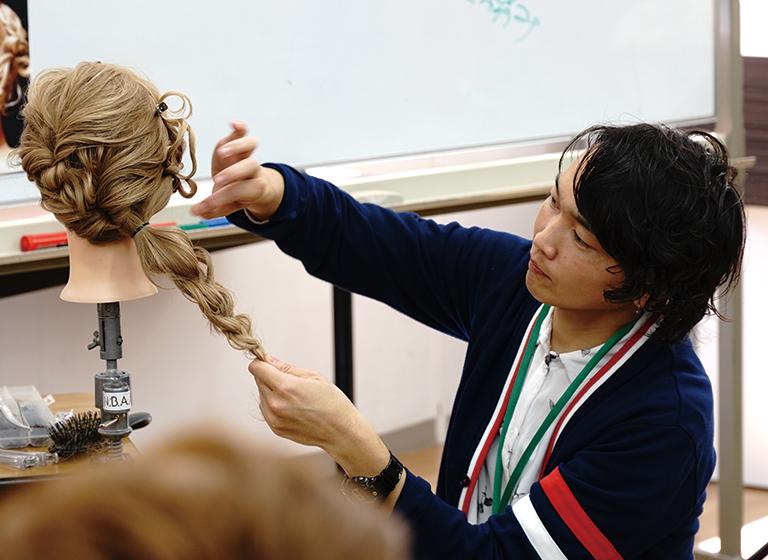 美容研究全国新井会が主催する特別講習1